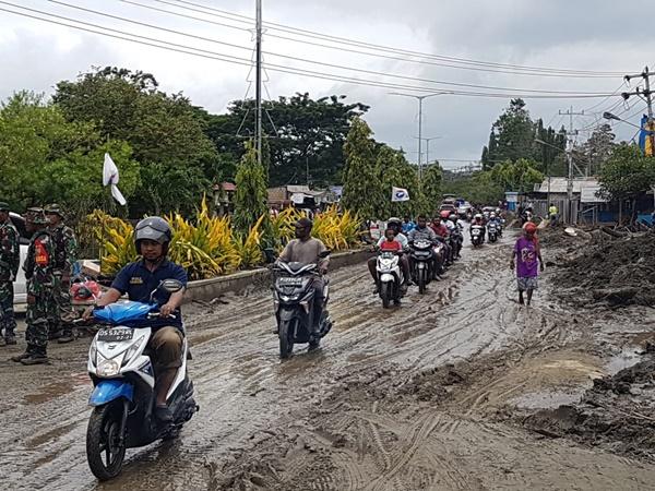 Banjir Bandang 16 Maret 2019 - Depan 751